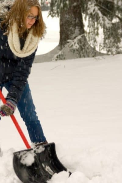 Shoveling snow during pregnancy