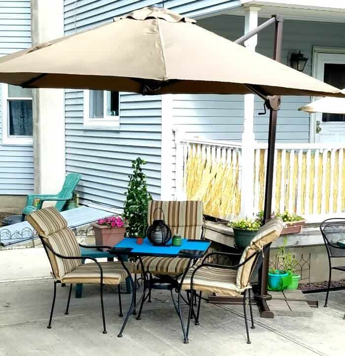 11 ft cantilever umbrella for a patio
