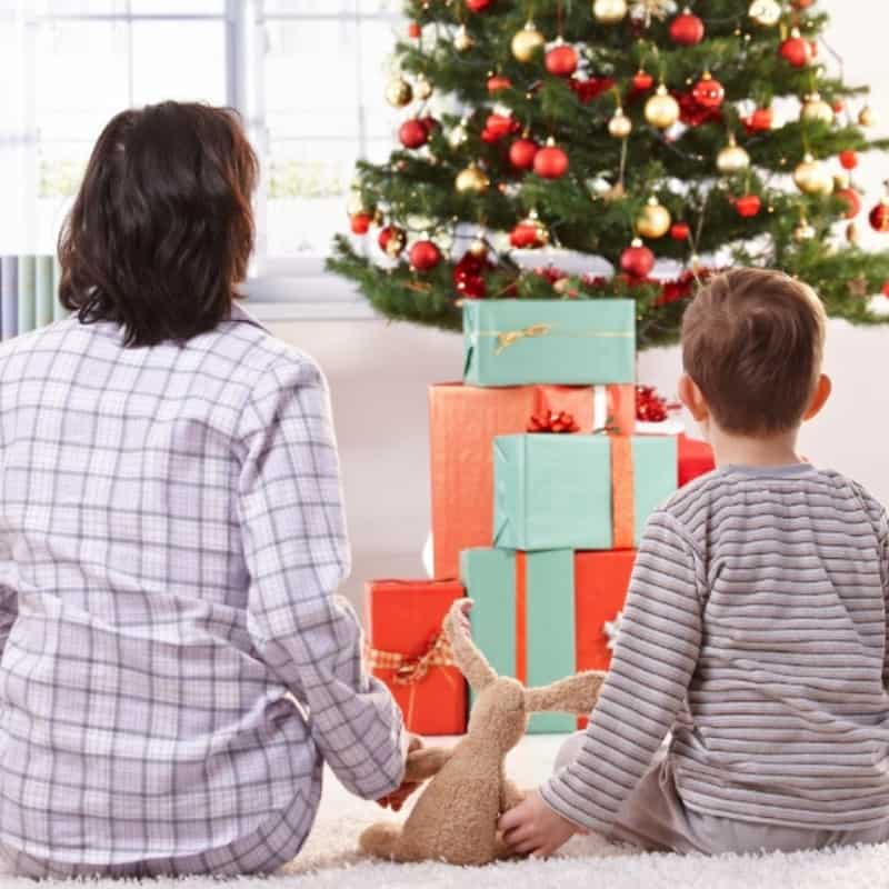 The Best Christmas Morning Hacks for Moms: Have a Stress Free Christmas Morning