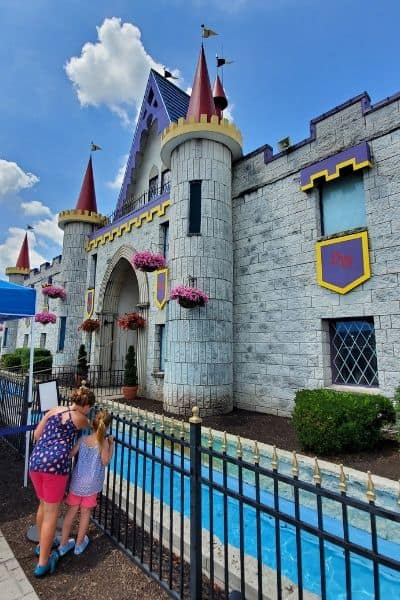 Dutch Wonderland Review Dutch Wonderland Castle
