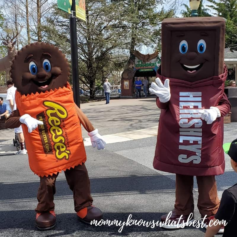 Hersheypark Character Visits