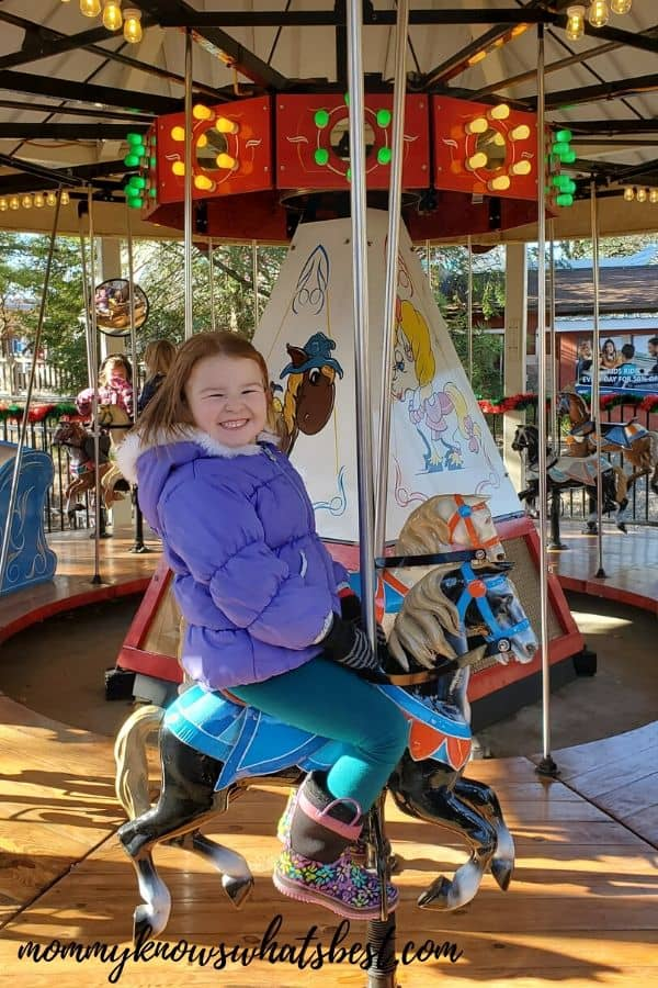 Kiddie Rides Hersheypark Christmas Candylane   Review